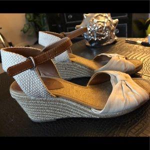 Lucky Brand Sandals SZ 8